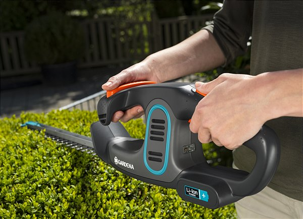 Cordless and convenient assistants to help care for your garden