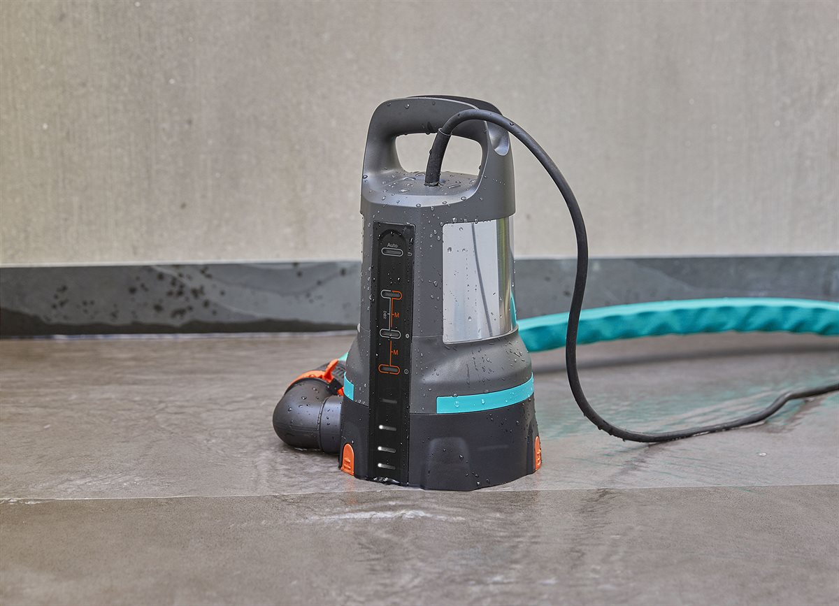 The new GARDENA Clear and Dirty Water Submersible Pumps